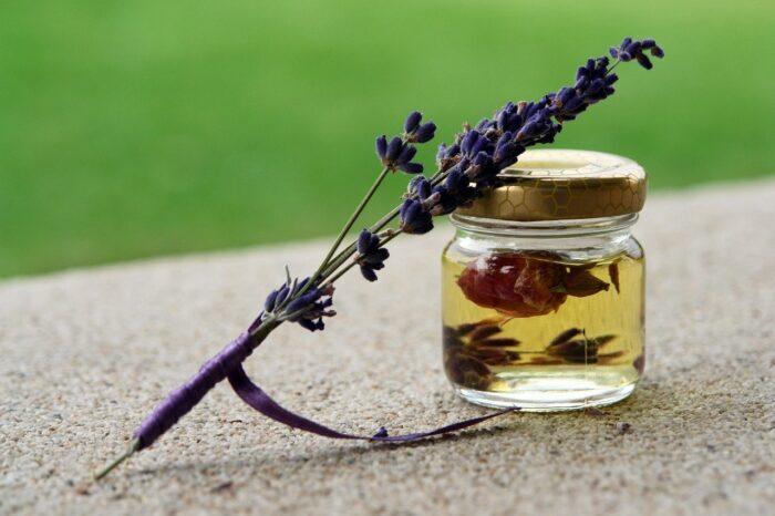 Photo huile essentielle de lavande
